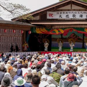 江戸時代の地芝居の雰囲気を現在もそのまま体感できる大鹿歌舞伎